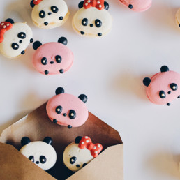 Honey & Butter panda-designed macarons