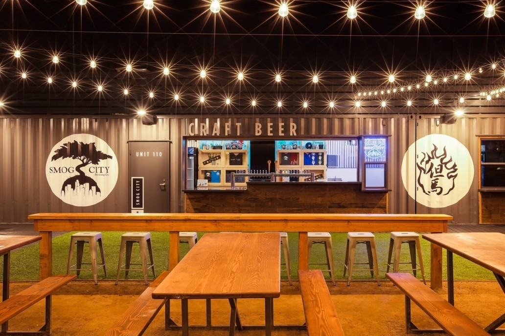 SteelCraft Long Beach interior featuring Smog City craft beer container